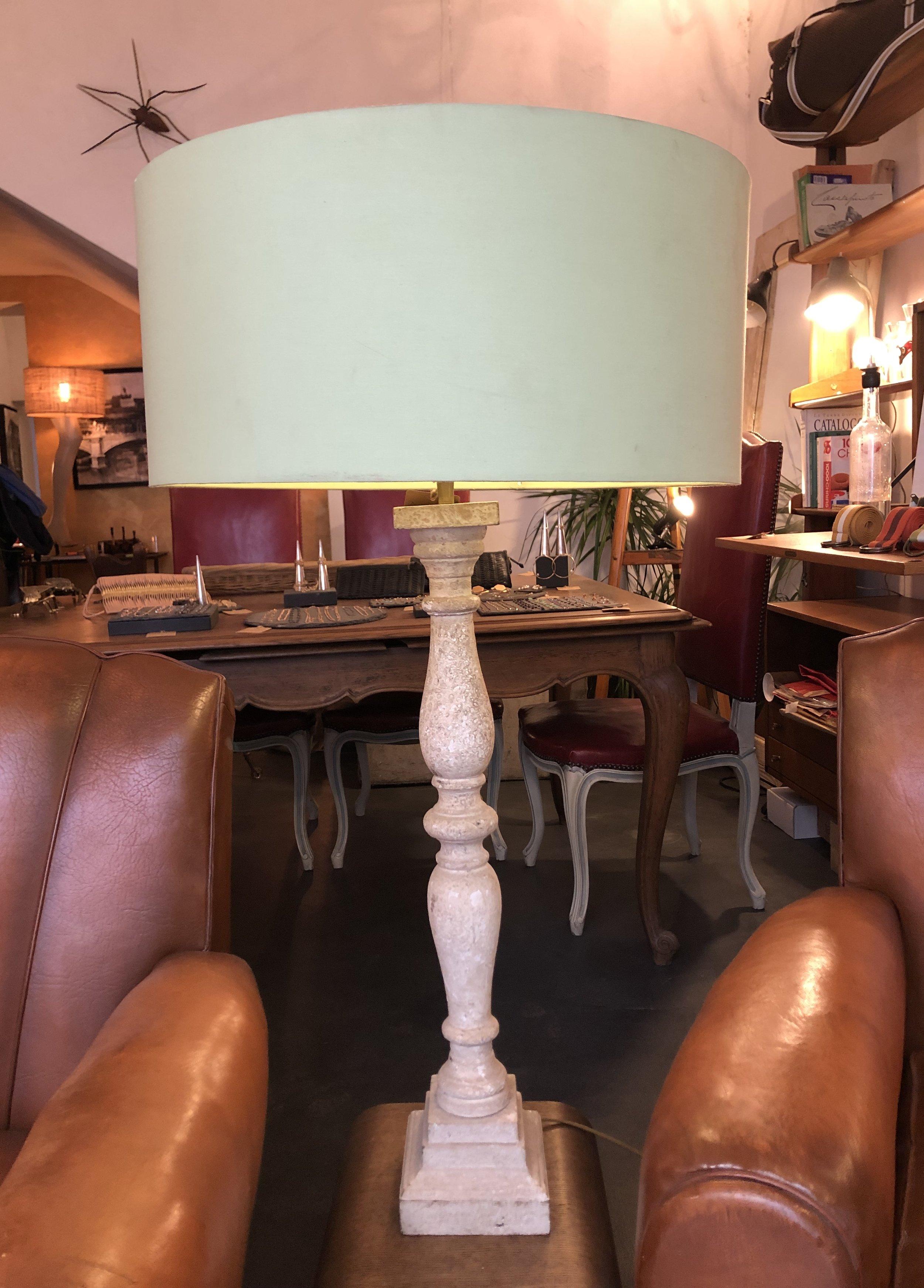 LAMPADA FRANCESE IN LEGNO