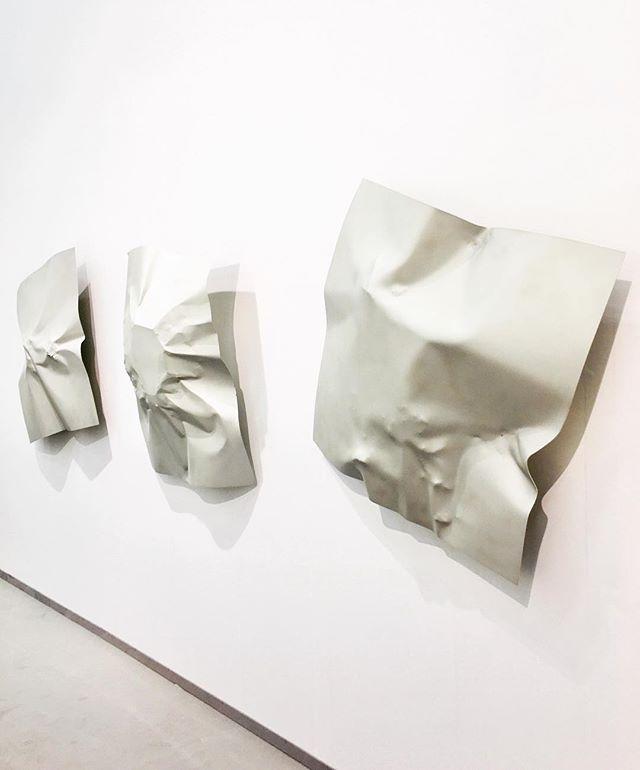 Felix Kiessling - Impakt Series @artcolognefair @alexanderlevygallery #impakt #meteorite #strike #meteoritenberührung #frozentime #wallsculpture @felix_kiessling #artcologne