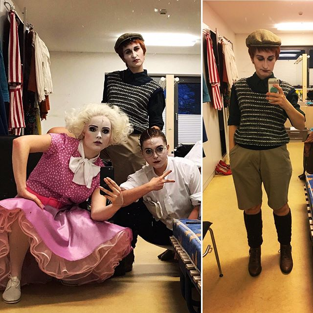 90's pop band realness with @laurenurquhartsoprano (Ann Darrow), Caitlin Redding (Judge) + me, the boy from New York. Final dress rehearsal tomorrow! #thetruestoryofkingkong #theatermagdeburg #schauspielhausmagdeburg #puppentheatermagdeburg #sopranos #mezzosoprano