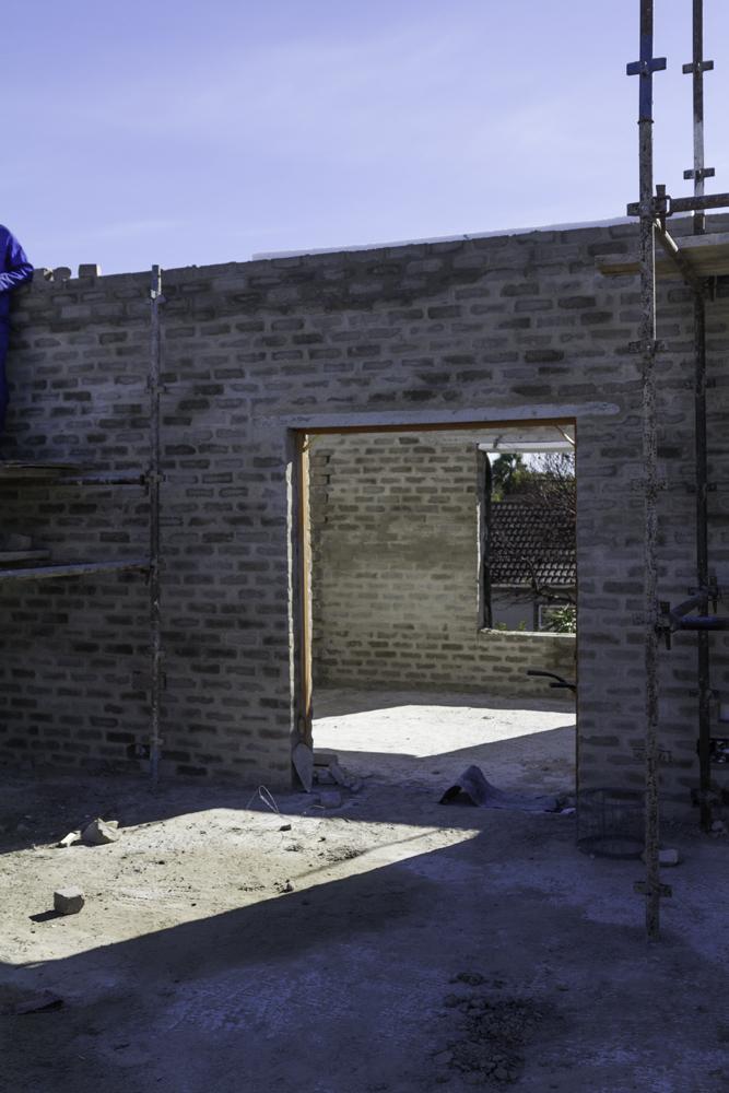 Cobute precast concrete beam in position