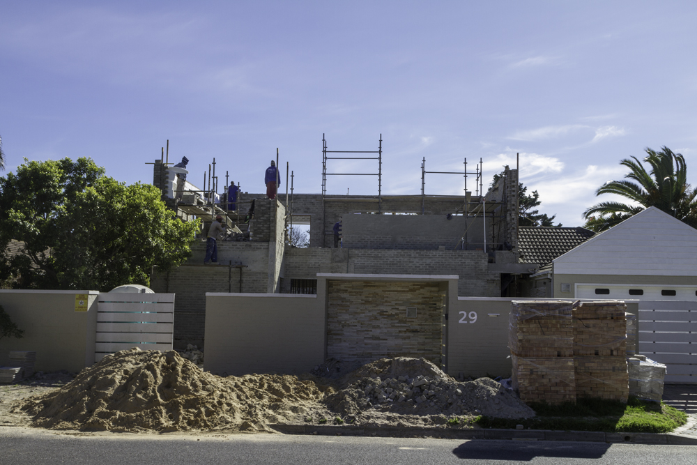 Precast concrete system for residential projects