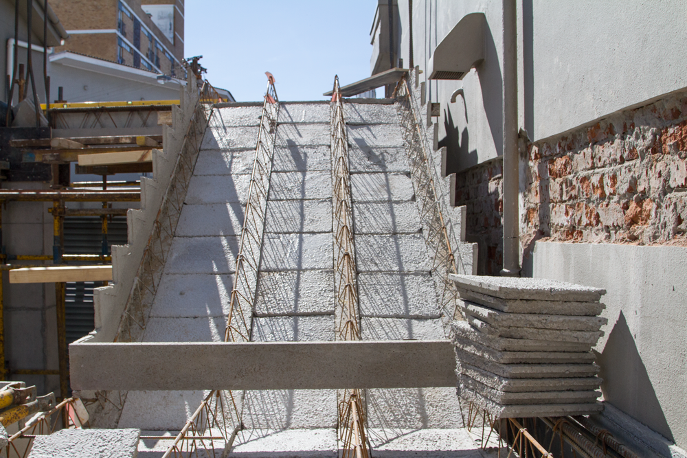 precast concrete staircase elements.png