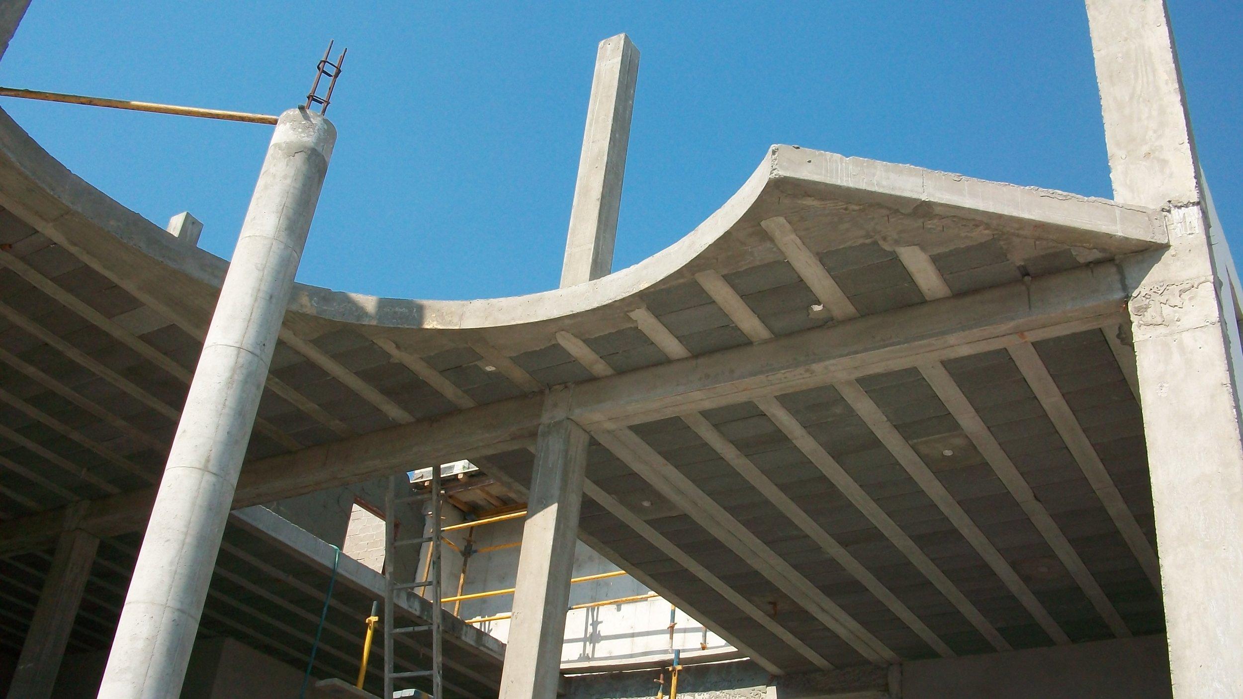 Decking and columns.JPG