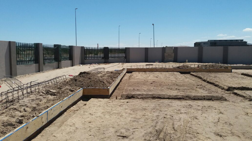 Modulo Residential+Sellesa Properties+Trenches dug and shuttering to beam in place.jpg