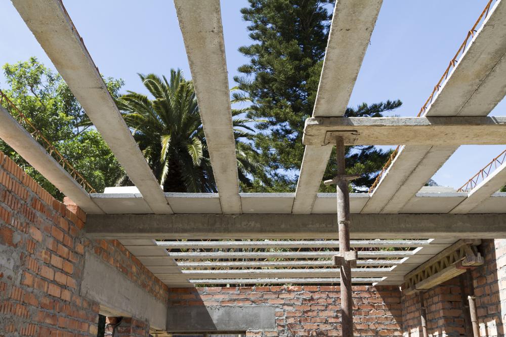 Cobute precast downstanding beams and precast decking.