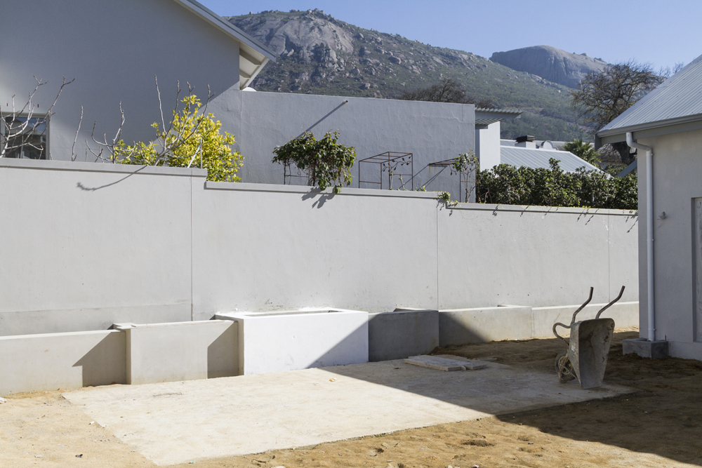 The Cobute rib and panel slab was used to cover the swimming pool.