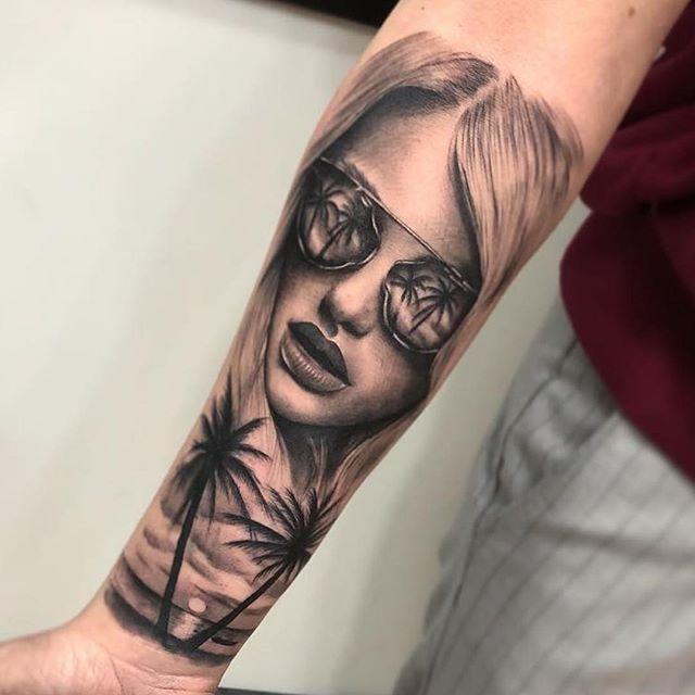 Tattoo realizado por @juan_meanhos en @noratattoocoruna !! Gracias Iria por la confianza!! . #noratattoostudio #noratattoocoruna #noratattoocompostela #tattoo #tattoolife #thebesttattooartist #thebestspaintattooartists #realistic #realistictattoo #blackandgrey #blackandgreytattoo #ink #inked #inkedup #inkedgirls #tattooedgirls #girltattoo #balmtattoo