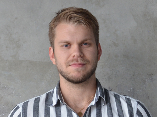Axel Wråkhufvud  Reporter och featureproducent  08-674 62 37  feature@sus.su.se