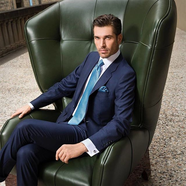 A simple navy suit looks even better with a rakishly bold tie. Discover our collection of luxurious and attractive ties from Stefano Ricci in store today. Visit us at Rego.ca to book your appointment or drop us a quick DM here for more info.⠀⠀⠀⠀⠀⠀⠀⠀⠀⠀⠀⠀⠀⠀⠀⠀⠀⠀ -⠀⠀⠀⠀⠀⠀⠀⠀⠀⠀⠀⠀⠀⠀⠀⠀⠀⠀ Rego Bespoke carries the finest selection of casual and formal menswear to suit your business and personal needs.  Stop by our showroom conveniently located in the heart of the financial district of Toronto, and browse our extensive selection of ready-to-wear clothing, shoes, and learn about our affordable made-to-measure program.⠀⠀⠀⠀⠀⠀⠀⠀⠀⠀⠀⠀⠀⠀⠀⠀⠀⠀ -⠀⠀⠀⠀⠀⠀⠀⠀⠀⠀⠀⠀⠀⠀⠀⠀⠀⠀ #toronto #yyz #thesix #fcptoronto #firstcanadianplace #blogto #bespoke #mtm #madetomeasure #styleforum #rakish  #jacket #suits #menswear #menstyle #mensfashion #sprezzatura #sprezza #mnswr #mensclothing #sartoria #sartorial #lifestyle #suited #financialdistrictto #weddings