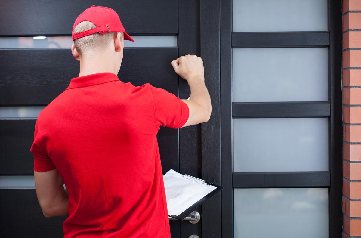 5-home-security-tips-for-dealing-with-door-to-door-solicitors.jpg