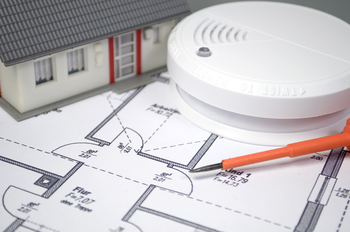 the-role-of-smoke-detectors-in-your-home-security.jpg