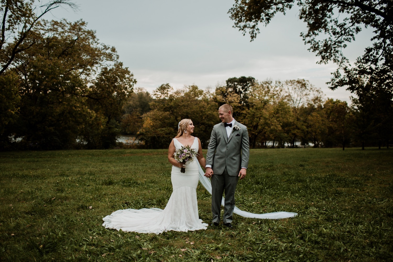 15_Photographer_Groom_Bridesmaids_ColumbusWeddingPhotographer_Bride_ColumbusWedding_Photography_FloridaWeddingPhotographer_Vue_Strongwater_Groomsmen_Wedding_Ohio_Jorgensen_Columbus.jpg