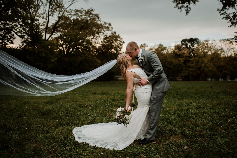29_Photographer_Groom_Bridesmaids_ColumbusWeddingPhotographer_Bride_ColumbusWedding_Photography_FloridaWeddingPhotographer_Vue_Strongwater_Groomsmen_Wedding_Ohio_Jorgensen_Columbus.jpg