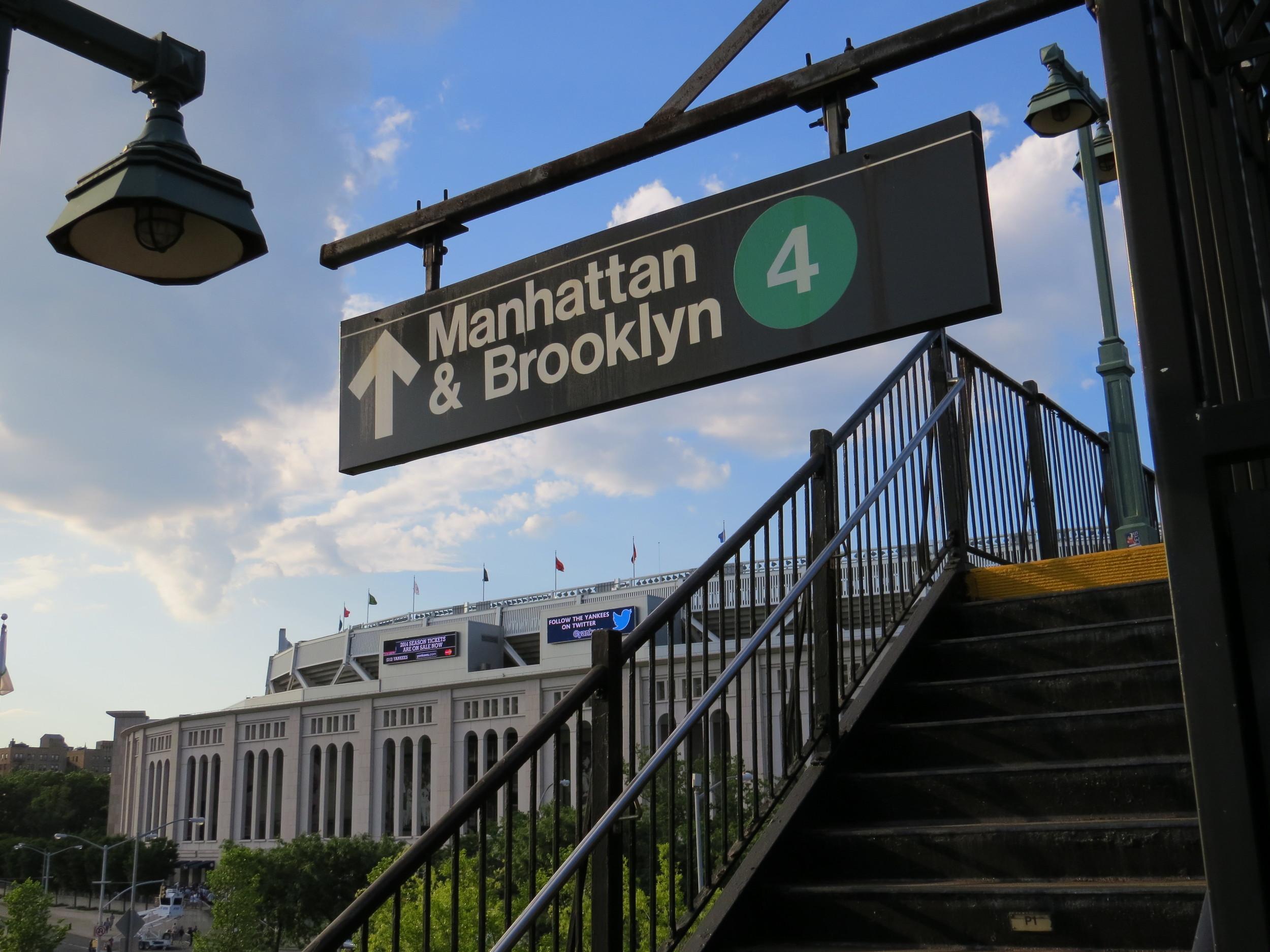 Yankee Stadium 4 Train 379.JPG