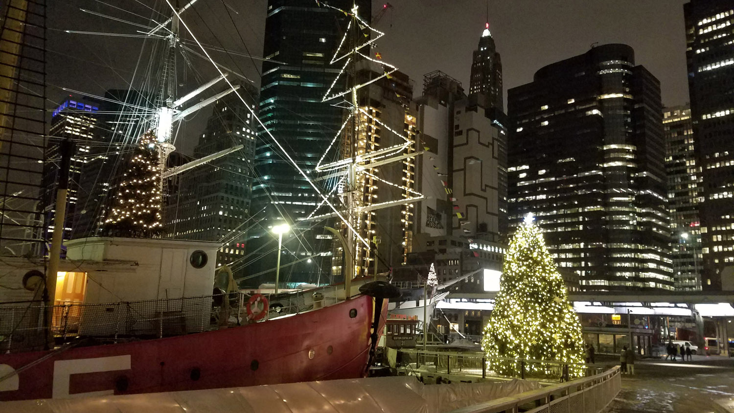 South Street Seaport, Christmas 2017