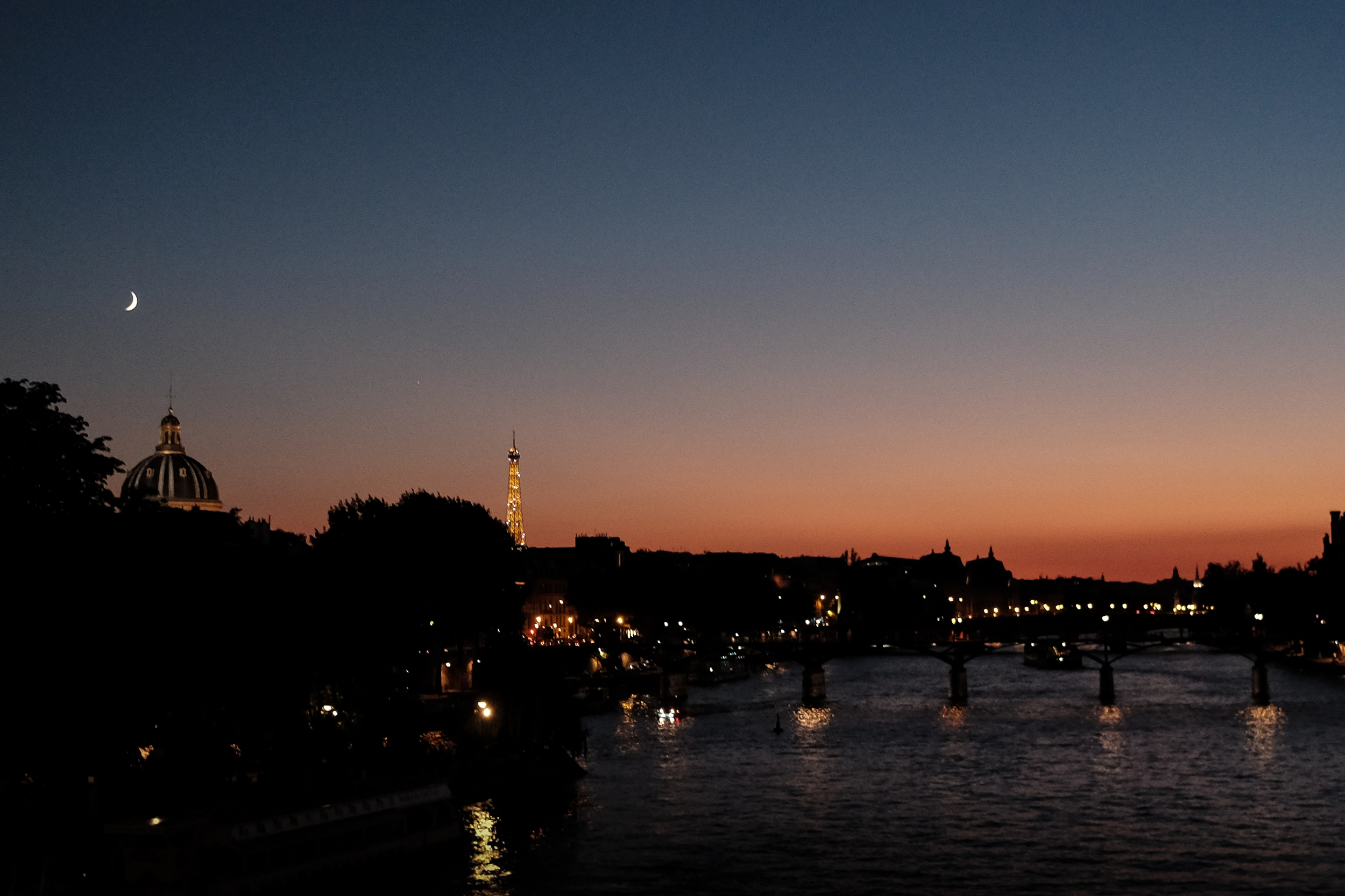 32. Pont Neuf, Paris, France