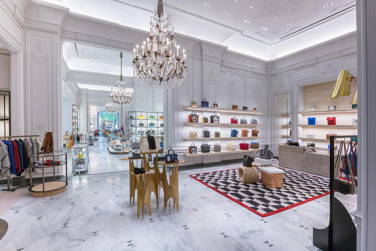 3063466-slide-s-1-bergdorf-goodman-looks-to-lure-offline-shoppers-with-promise-of-instagram-moments.jpg