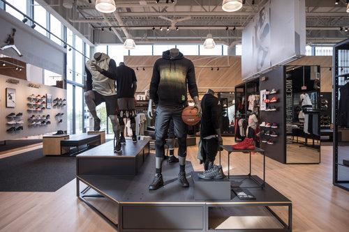 Rudyard Kipling stroke Climatic mountains  Nike Miami - FL — Addicted To Retail, Inc.