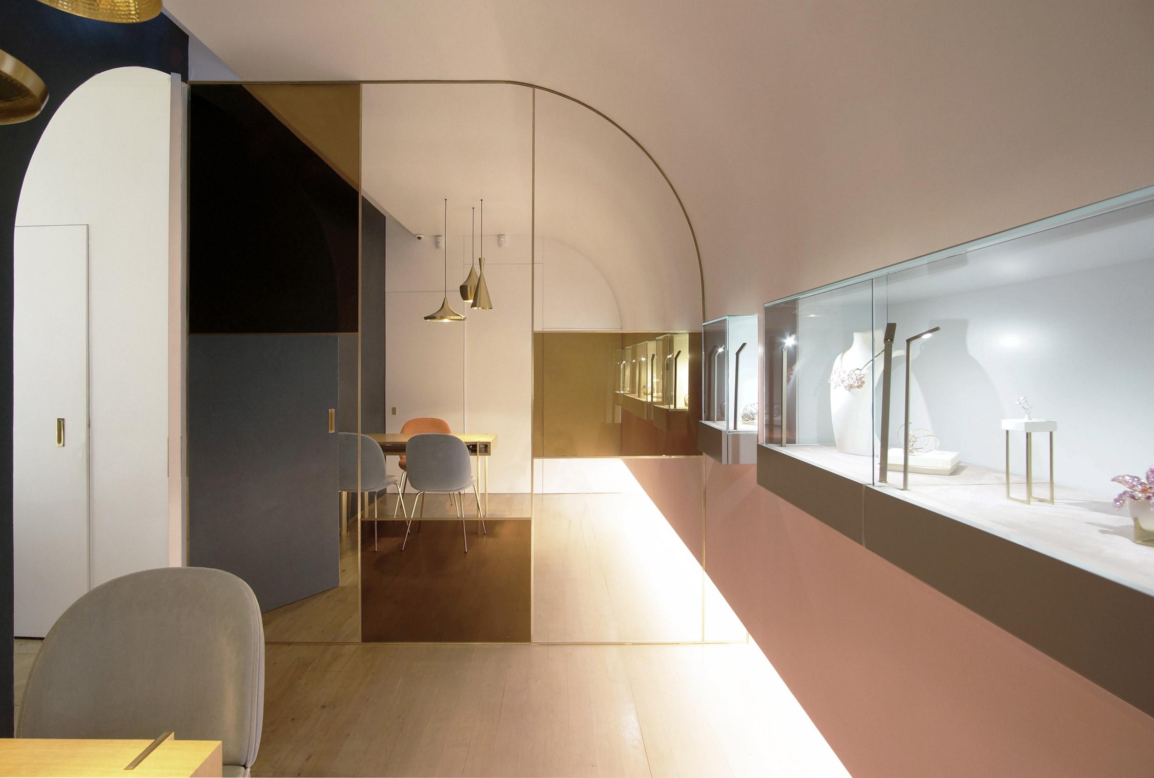 nuun-jewellery-shop-java-architectes-interiors-retail-paris-france_dezeen_2364_col_4.jpg