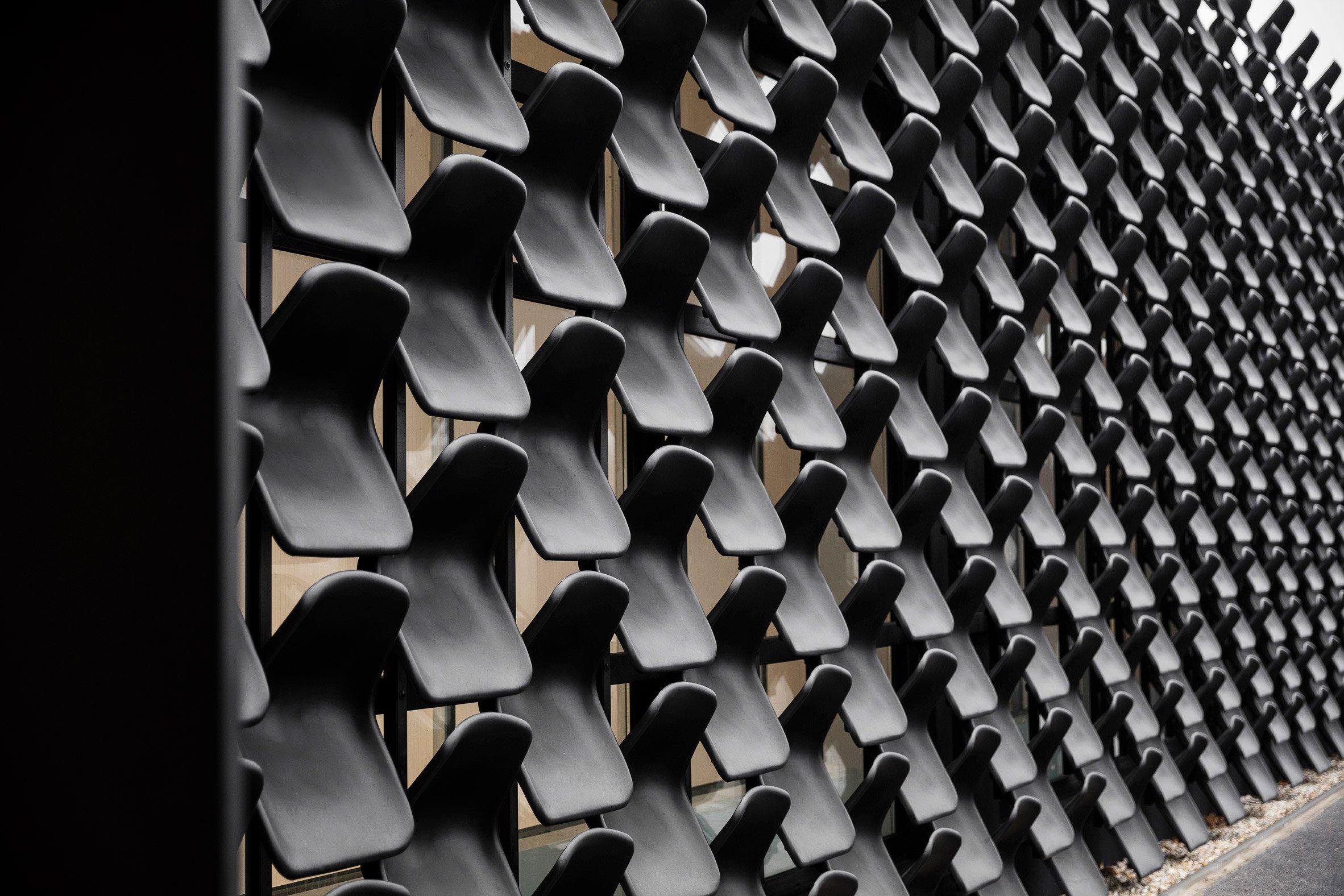 gallery-furniture-chybik-kistof-architecture-retail-czech-republic_dezeen_2364_col_2.jpg