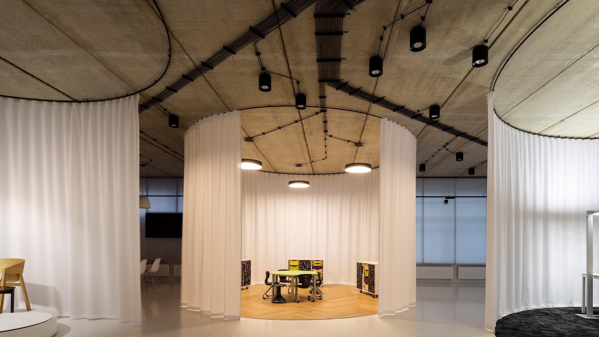gallery-furniture-chybik-kistof-architecture-retail-czech-republic_dezeen_hero-b.jpg