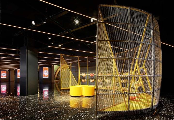 Filmax-Cinema-Hall-by-Arquitecturia-AMOO-Barcelona-Spain01.jpg