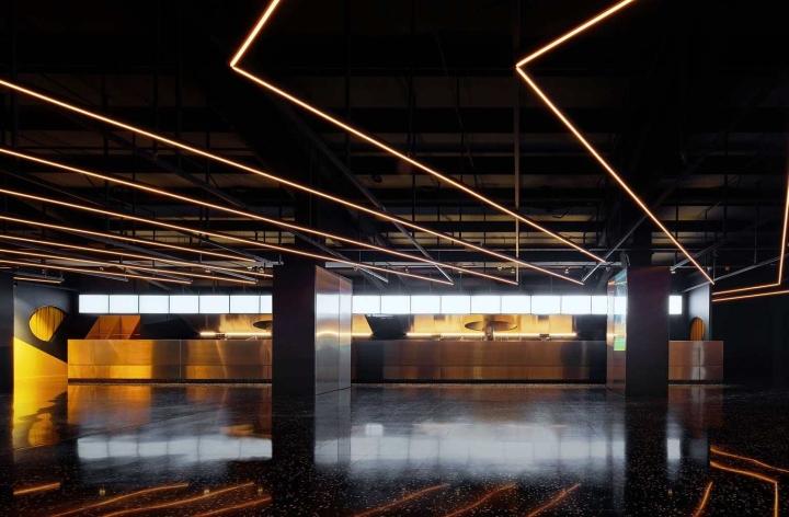 Filmax-Cinema-Hall-by-Arquitecturia-AMOO-Barcelona-Spain04.jpg