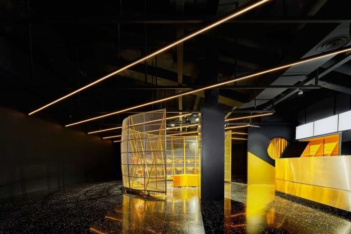 Filmax-Cinema-Hall-by-Arquitecturia-AMOO-Barcelona-Spain05.jpg
