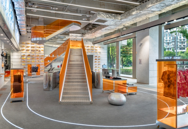 RUNNER-CAMP-store-by-PRISM-design-Shanghai-China-07.jpg