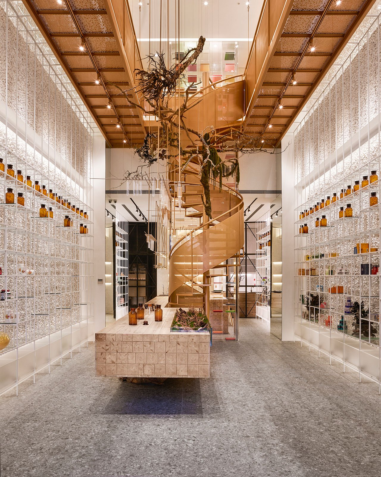 f1_molecure_pharmacy_taichung_taiwan_waterfrom_design_yatzer.jpg