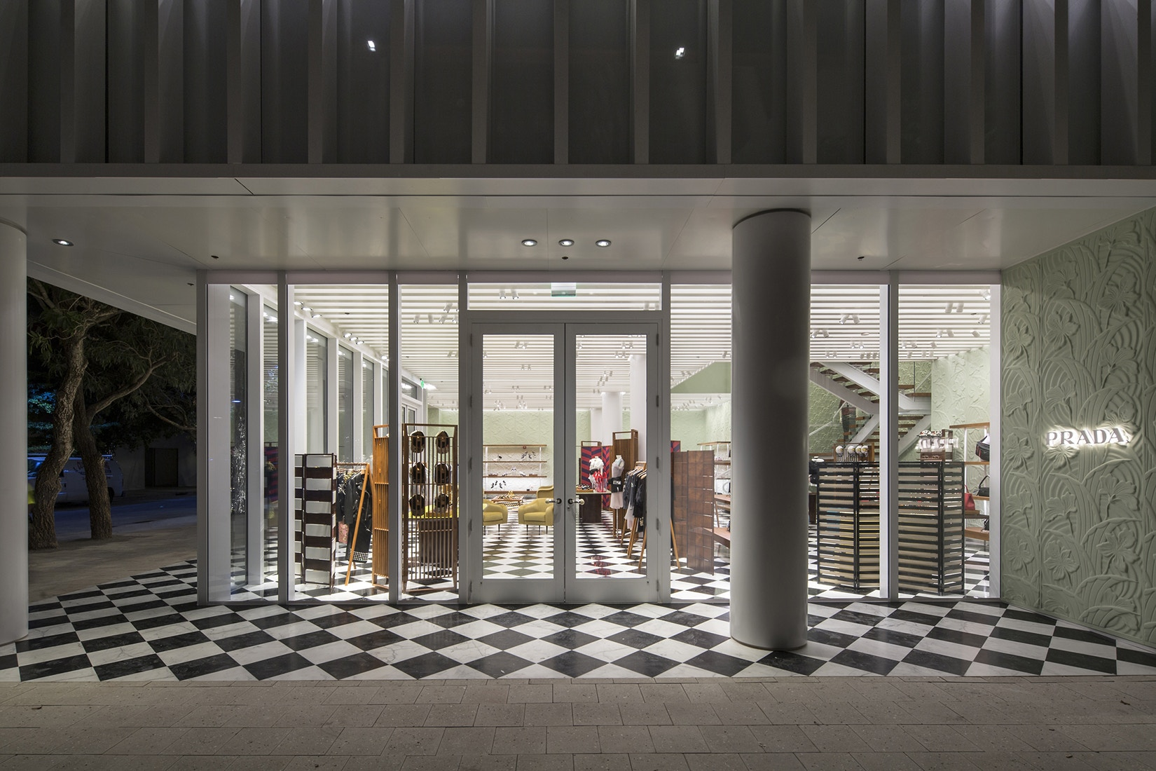 prada-design-district-store-opens-in-miami-2.jpg