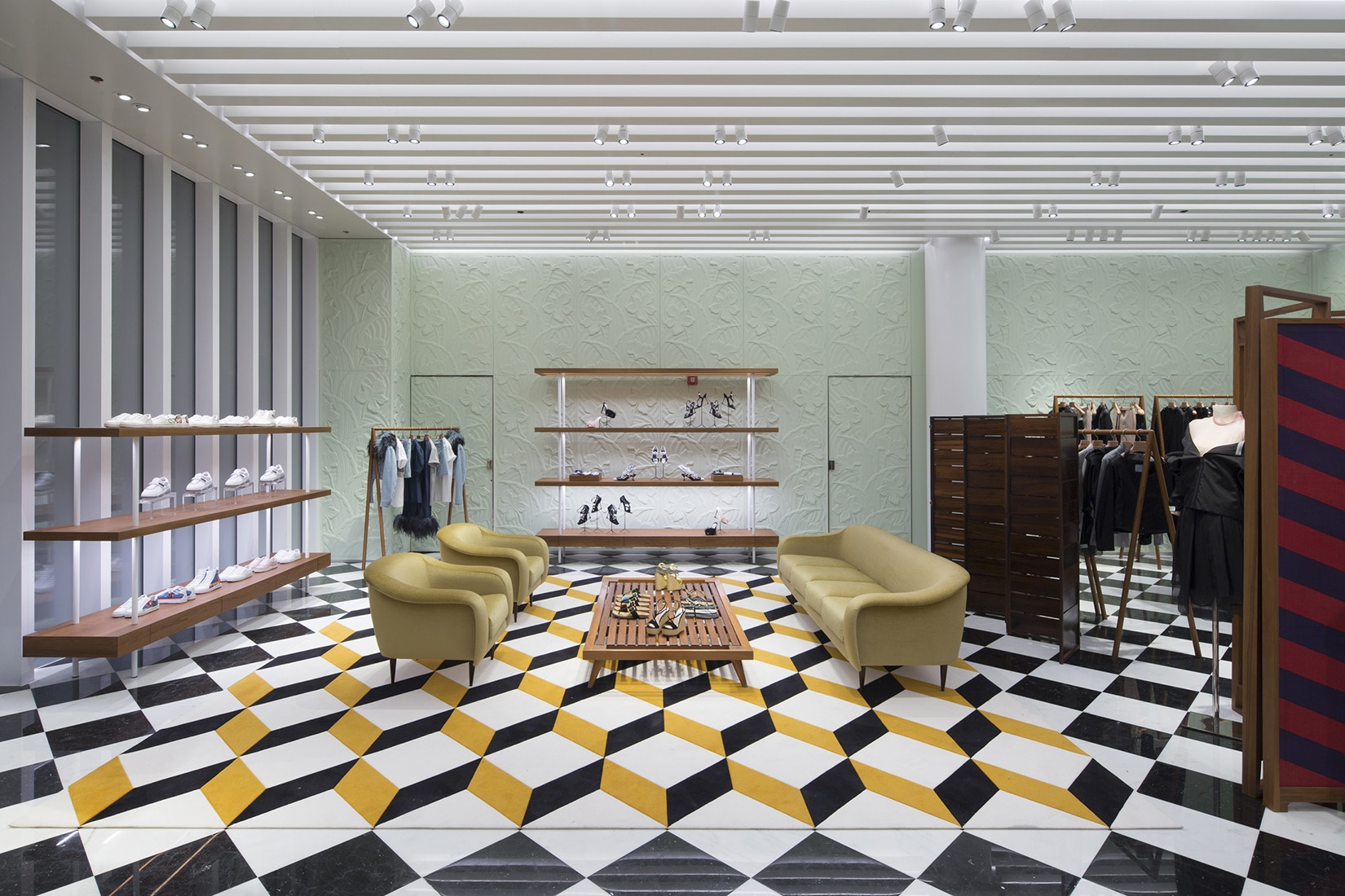 prada-design-district-store-opens-in-miami-3.jpg