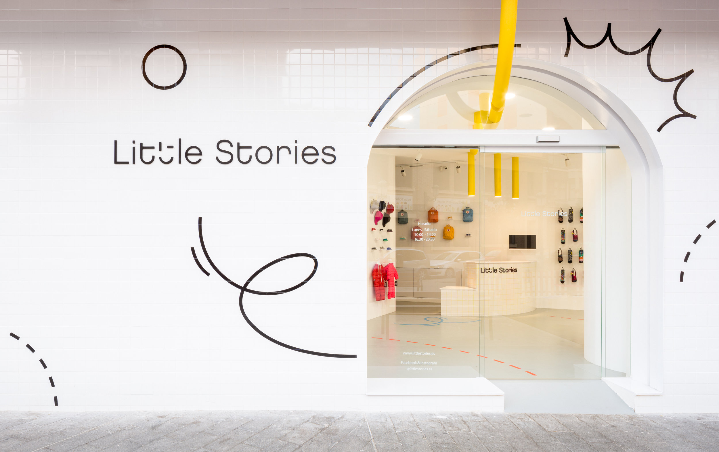 CLAP-studio-Little-Stories-Concept-Store (4).jpg
