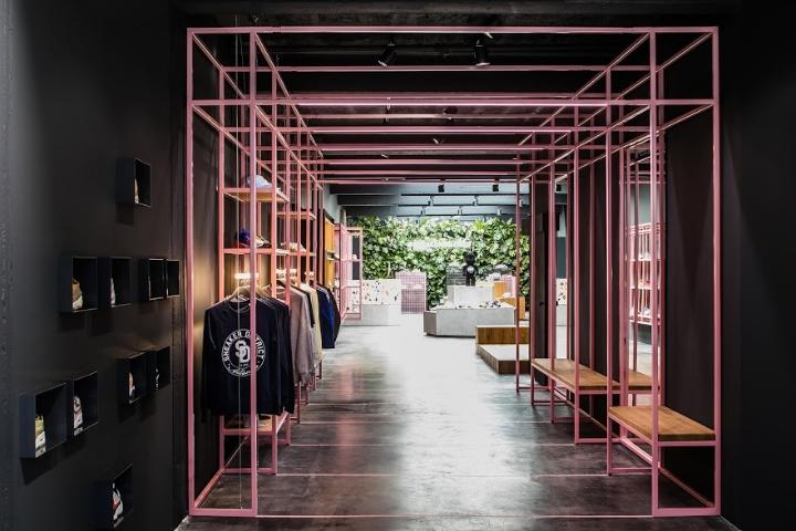Sneaker-District-store-by-Barde-vanVoltt-Antwerp-Belgium.jpg