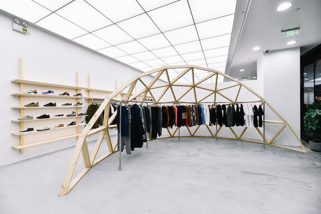 https---hypebeast.com-image-2018-11-invincible-shanghai-store-opening-wacko-maria-10.jpg