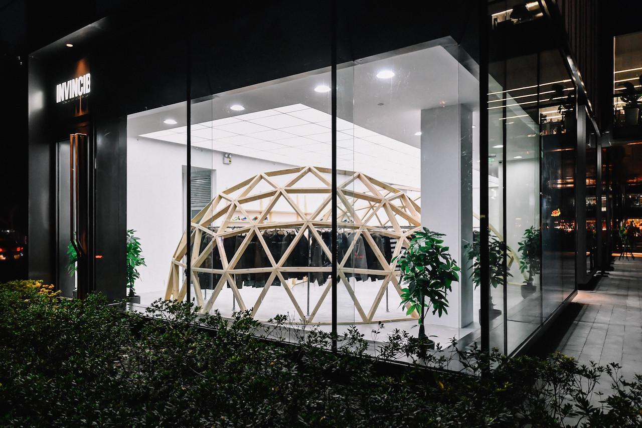 https---hypebeast.com-image-2018-11-invincible-shanghai-store-opening-wacko-maria-15.jpg