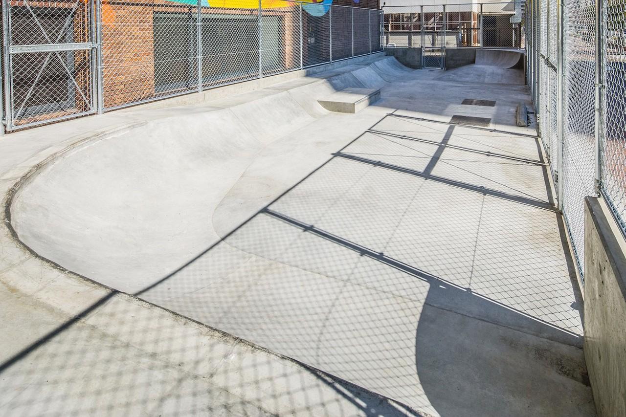 https---hypebeast.com-image-2019-03-qucon-tokyo-skate-park-fragment-design-collab-13.jpg