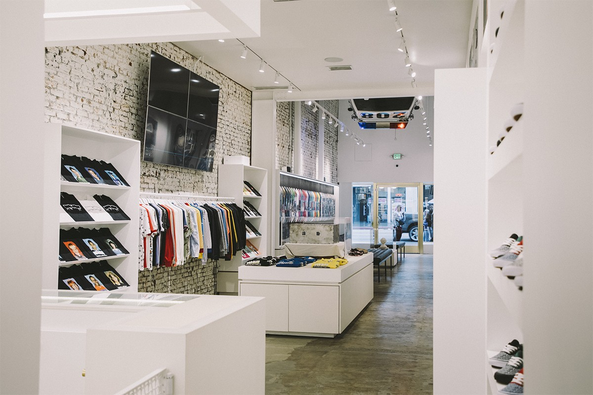 https---hypebeast.com-image-2019-05-fucking-awesome-hollywood-flagship-inside-look-9.jpg