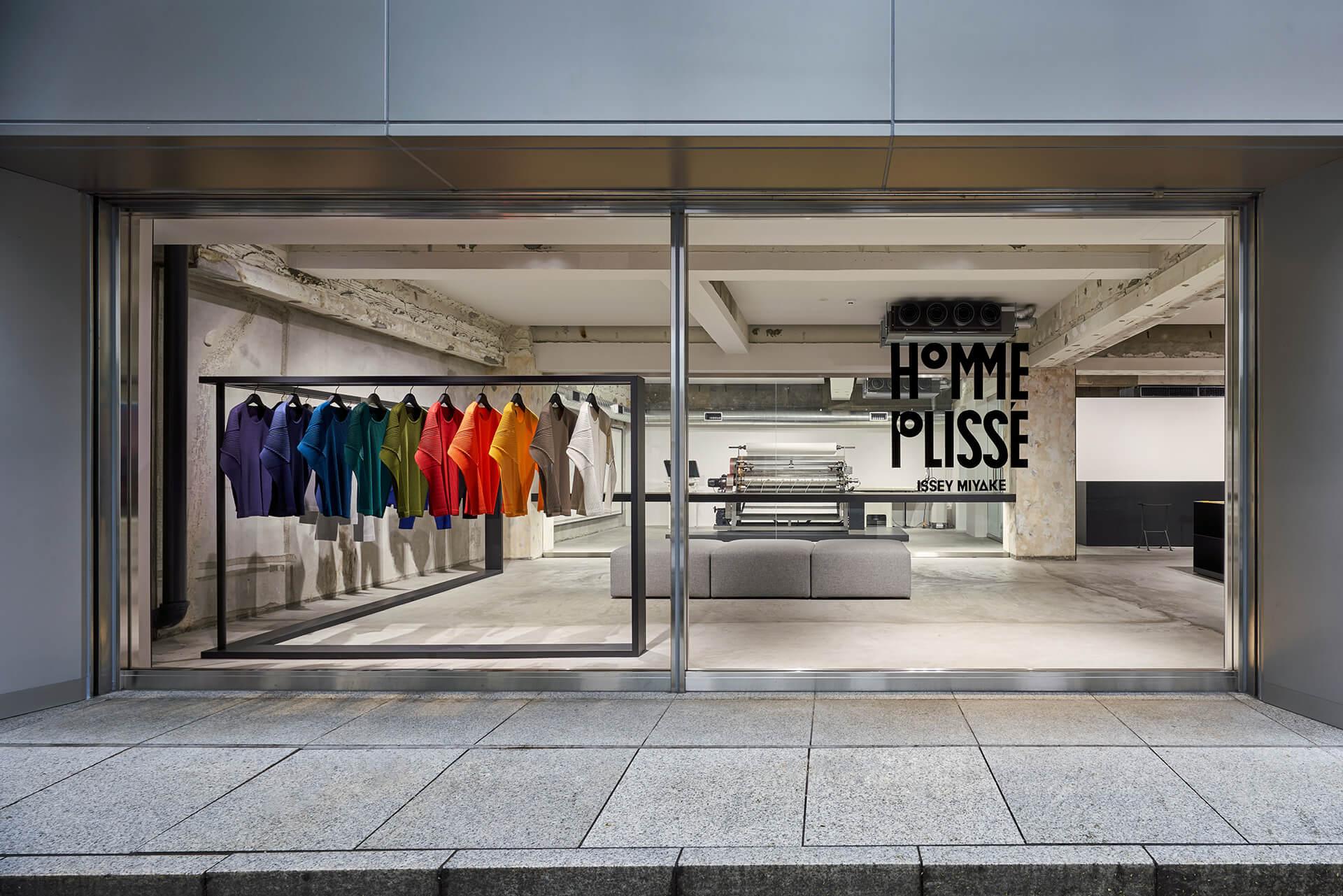 Zak Hoke addicted to retail blog 2.jpg