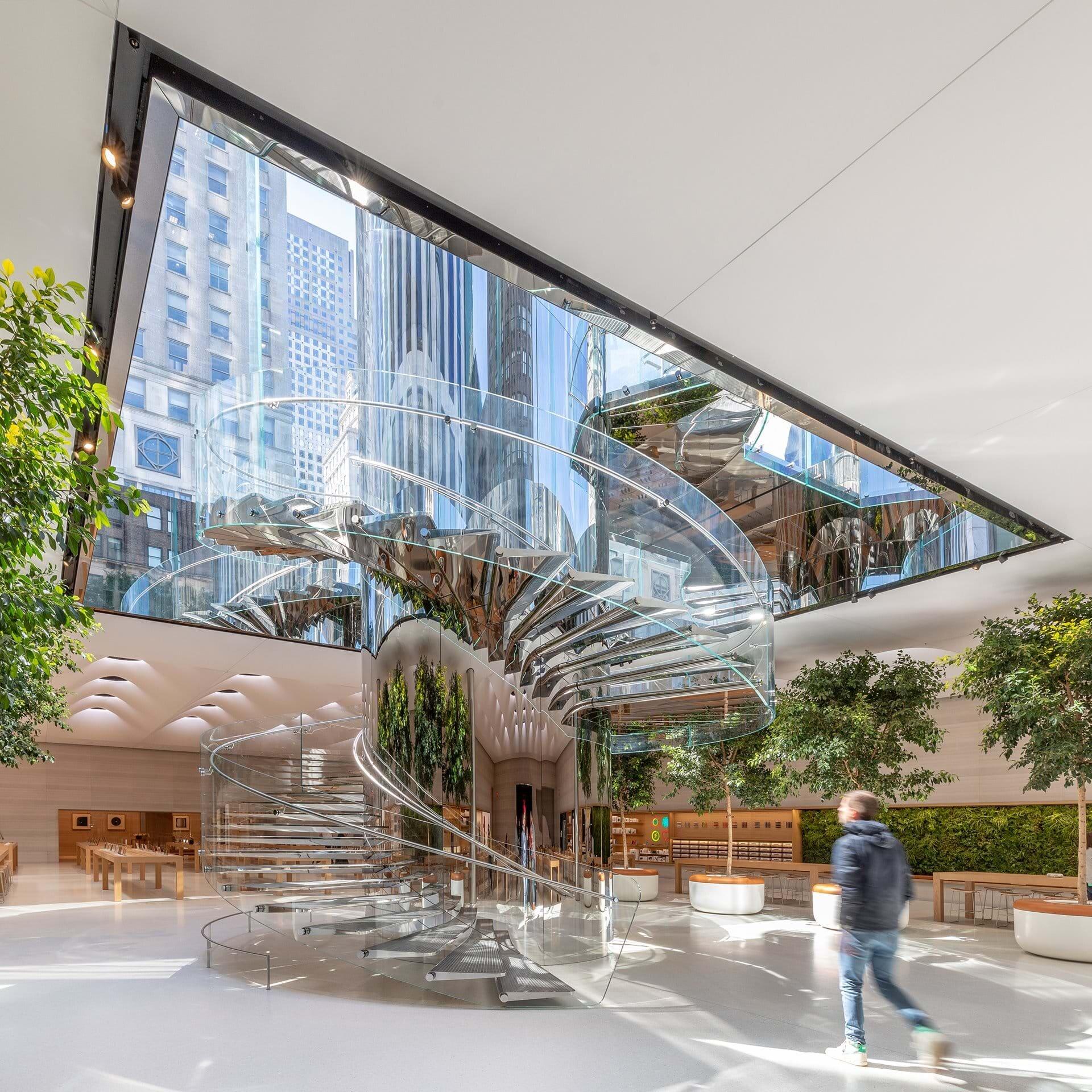 Apple Store NYC Addicted To Retail Zak Hoke 5.jpg