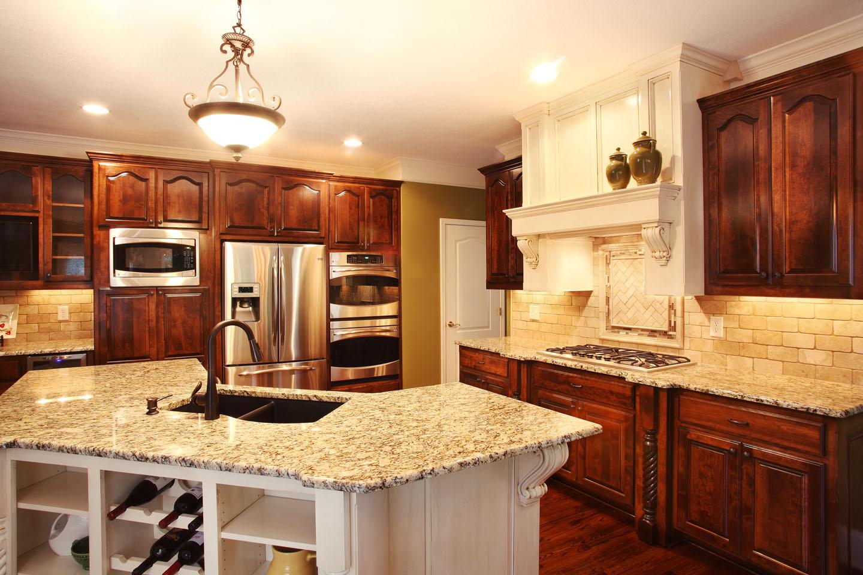 5831_Manor_Drive_Kitchen_1.jpg