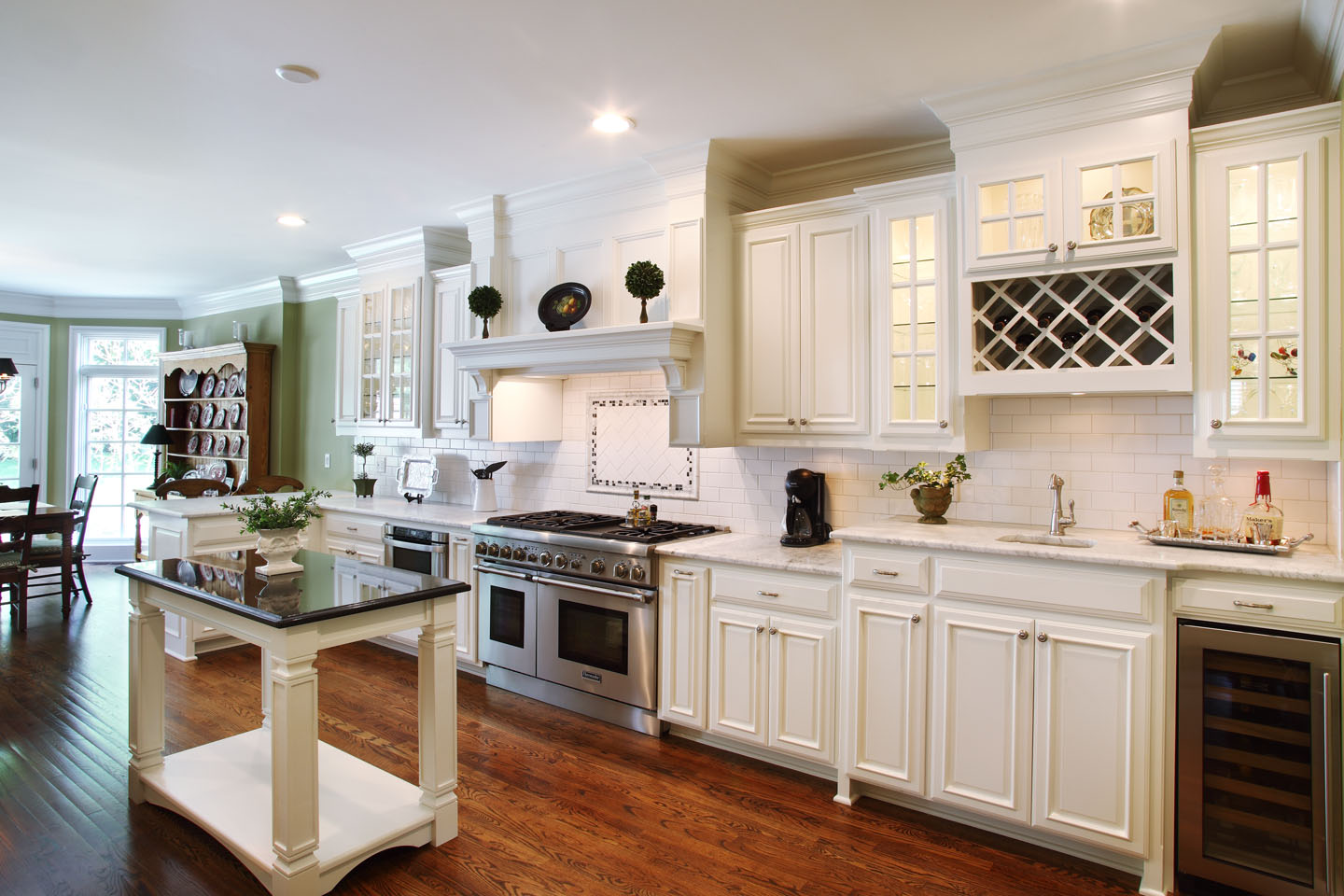 6925_Belinder_Avenue_Kitchen_2.jpg