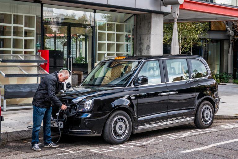 London-Taxi_014-768x512.jpg