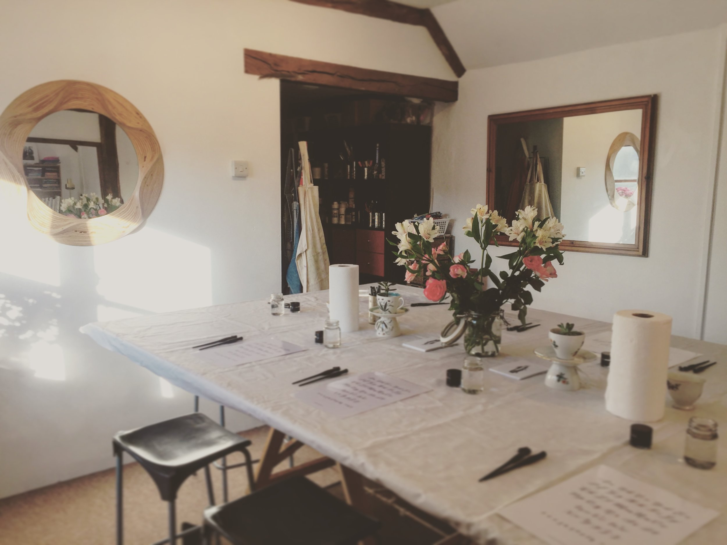 Studio Location:  All workshops take place in our fully equipped studio: The Old Dairy, Dean House Farm, Newdigate, Dorking, RH5 5DL. The studio is located in a beautiful rural setting with  stunning views  and plenty of  free parking  onsite. Contact Ellie: 07861 761 167