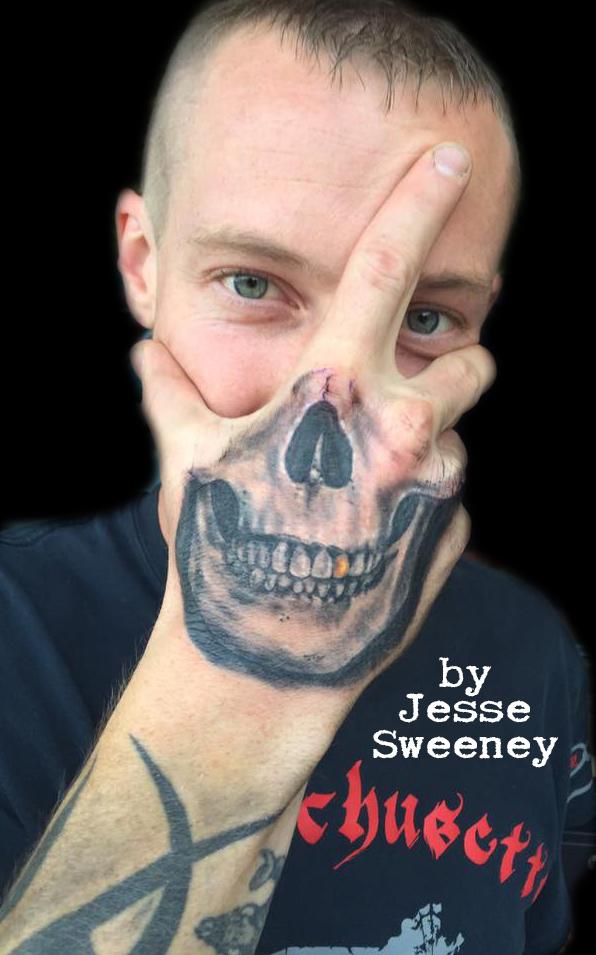 skullhand.jpg