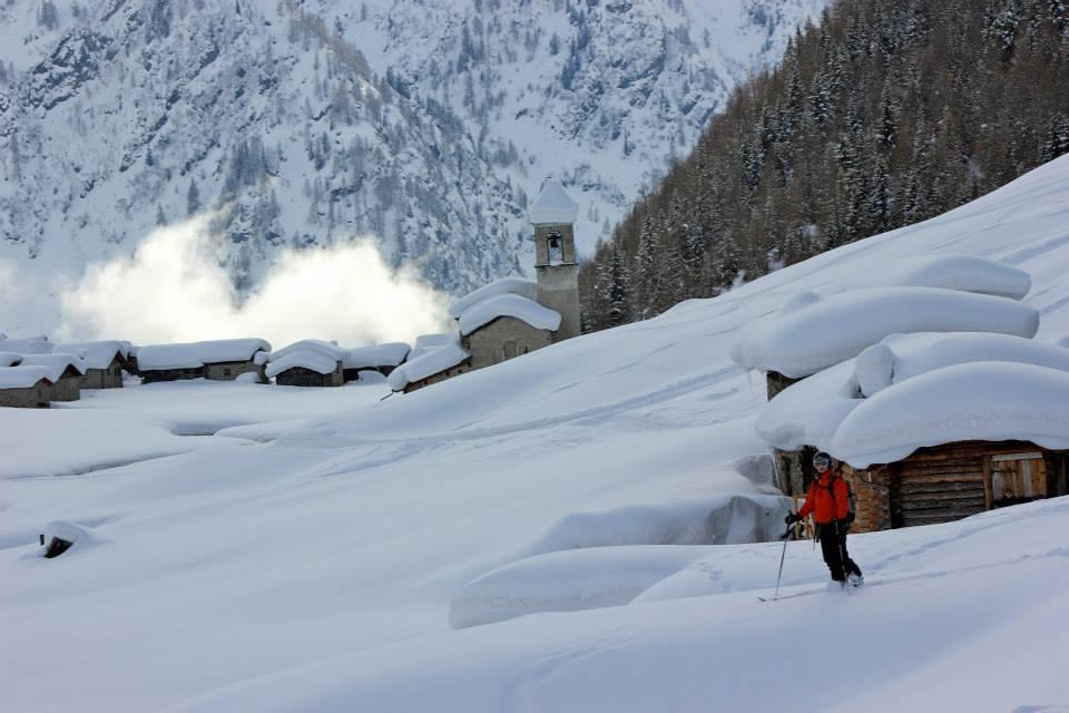 Backcountry skiing off the beaten track 5.jpg