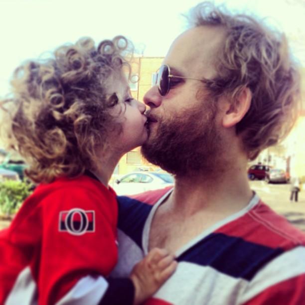 Nick and Port kiss.jpg