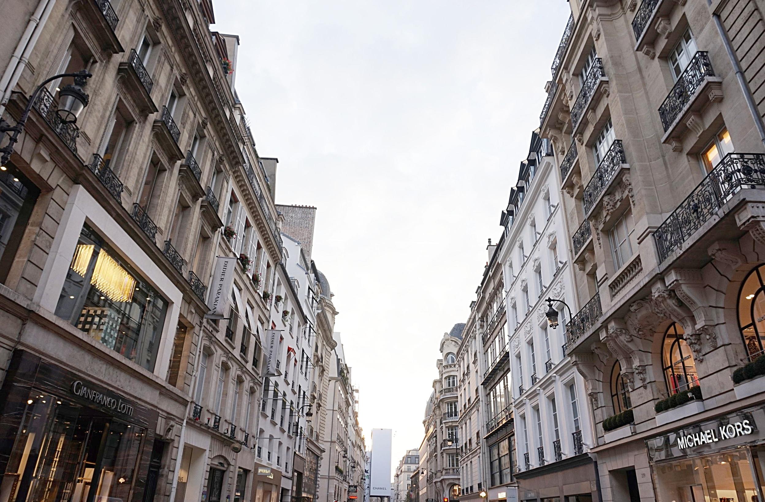 Paris-rue-Saint-Honoré