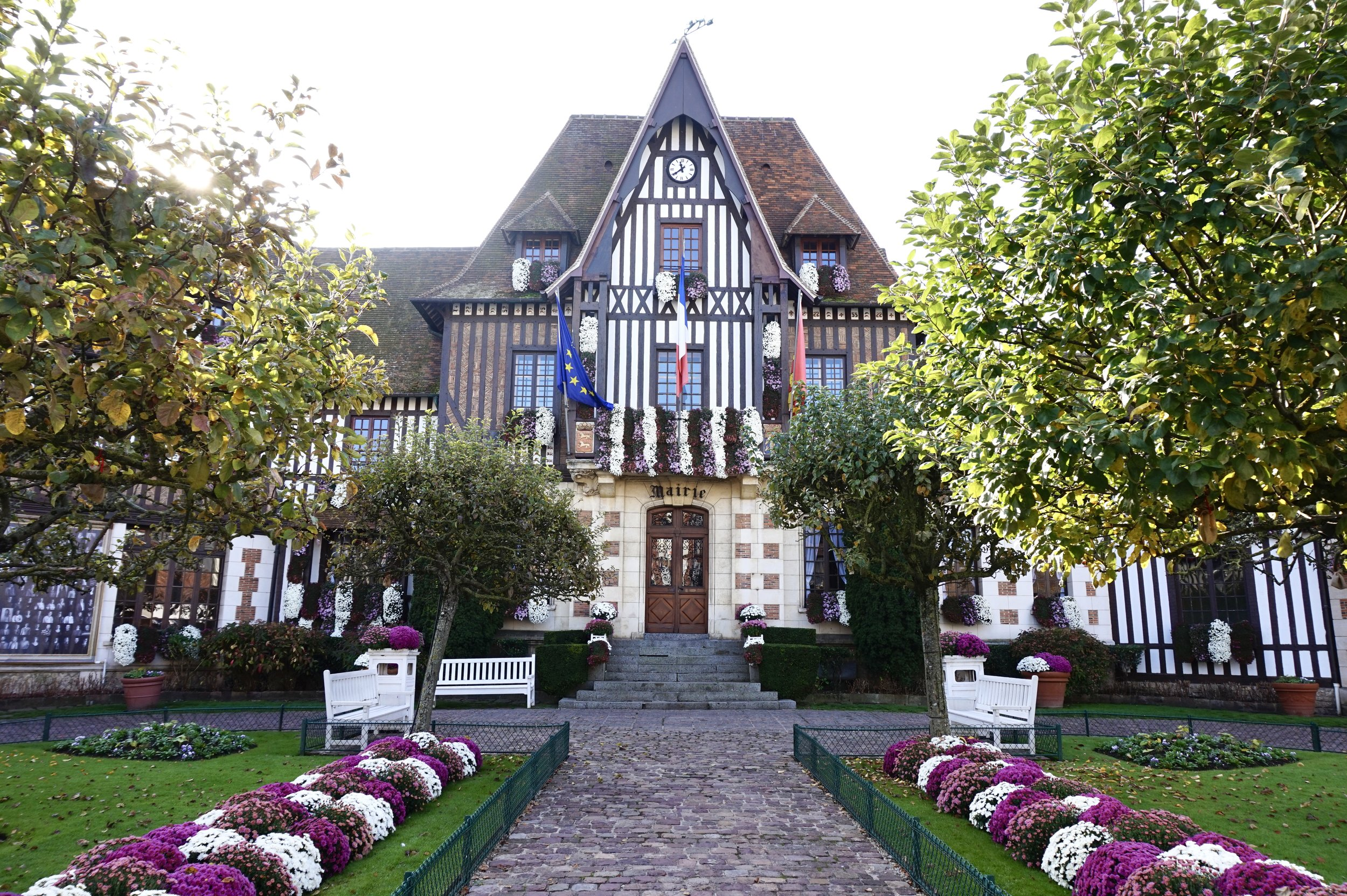 Deauville-town-hall