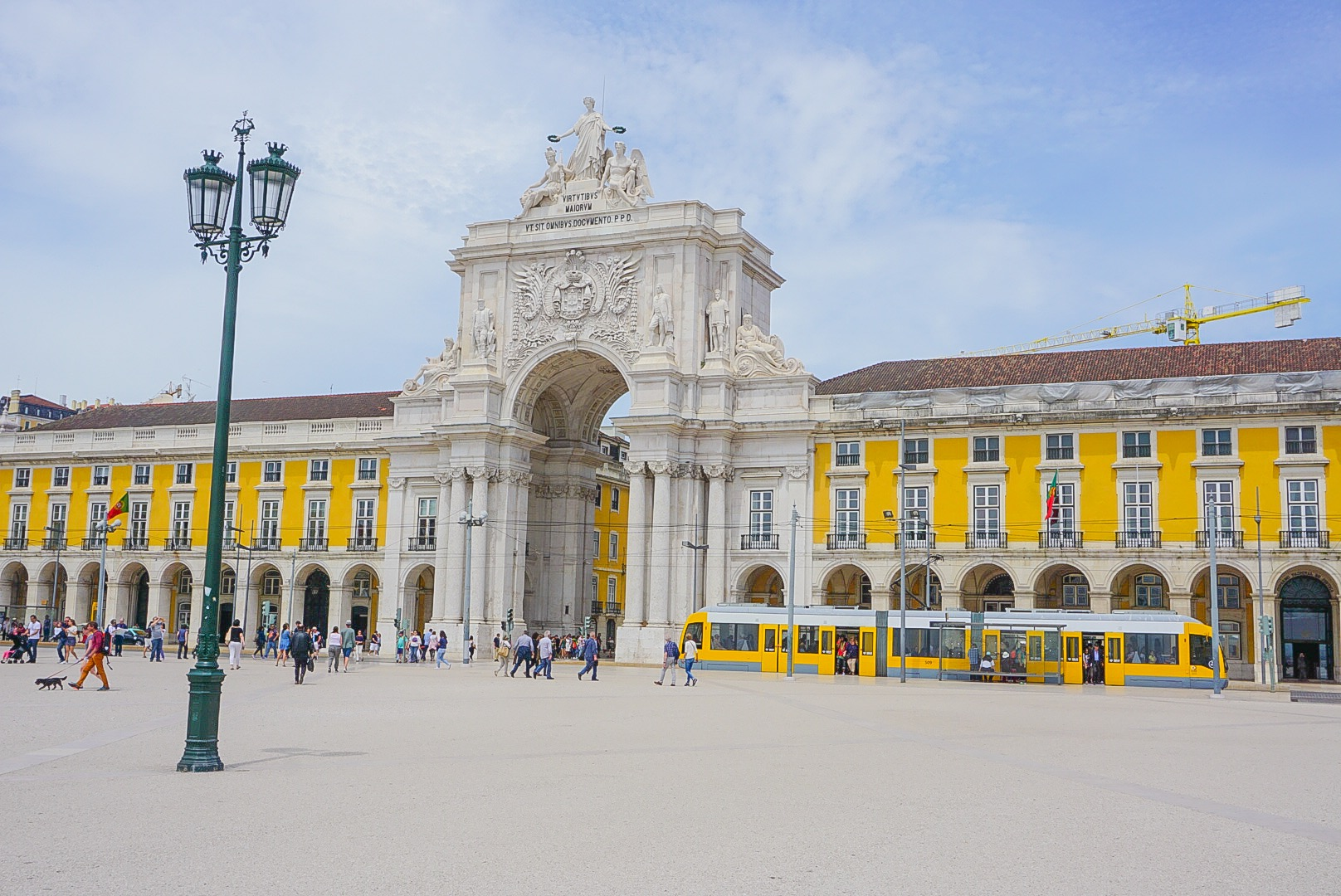 Lisbon-Praca-Commercio